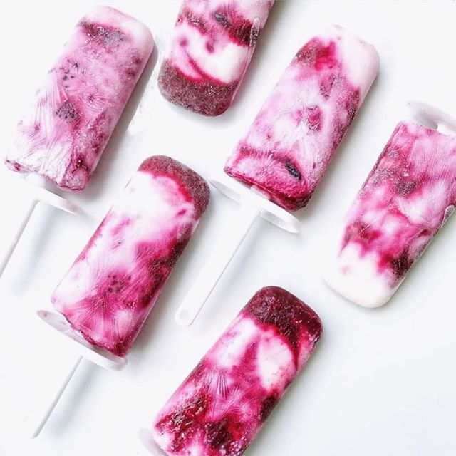 Berry Cream Popsicles for #LDW anyone?!  follow the simple recipe below using our juices for a superfood boost! -1 cup fruit of choice 3 cups yogurt if choice (we️coconut!)2 tablespoons maple syrupSplash lemon, Longevity Tonic and/or Organic Orange Juice-Simmer fruit with some lemon and/or organic orange juice for about 5 minutes or until fruit is melted (if using frozen fruit). Allow to cool.Combine yogurt with maple syrup.Alternate scoops of yogurt with scoops of fruit mixture into popsicle molds. Freeze overnight.Remove from freezer about 10 minutes before eating.Enjoy!-Modified recipe and photo by @cleaneatsandsometreats...........#healthyrecipes #frozenfruit #healthytreat #lovegracelifestyle #popsicles #organic #cafe #amazing #foodie #farmtotable #delicious #sunshinefood #thatveganlife #organicfood #whatsonmyplate #yum #love #natural #healthy #healthyfood #realfood #eatlocal #instafood #farmersmarket #nongmo #foodphotography