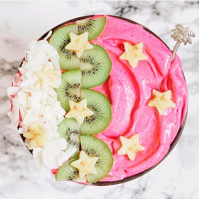 Need a fresh reset for your summer body?  FREE SHIPPING on your cleanse for the rest of the week with code livefree  don't misss it, we only do this once a year!!!  In the spirit of all things summer-  this pink smoothie bowl by @andreeasbreakfast is literally our faveeee colors ️ so simple tooo!! Just 4 frozen bananas and a scoop of pitaya powder to make the base~ how magic!